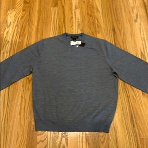Men's New XL Bloomingdales grey wool sweater